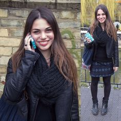 Out scouting for our fave #streetstyle looks today only to come across Giulia chatting on her Eden Teal Symmetry covered phone so OF COURSE she's our pic of the day! #london #camden #SymmetryStreet #ootd