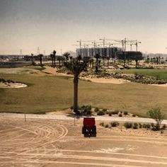 Trump International Golf Club Dubai, Akoya by Damac is coming along well a shot from last week #dubai #abudhabi #golf #uaegolf