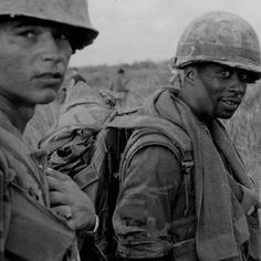 Grunts in the field.  #VietnamWarMemories https://www.pinterest.com/jr88rules/vietnam-war-memories-2/