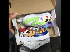 Buzz and woody Infant sizes price only Toy Story Theme, Festa Toy Story, Toy Story Party, Toy Story Birthday, Cute Baby Shoes, Boy Shoes, Toddler Boy Toys, Toys For Boys, Disney Outfits