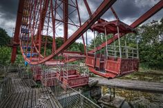 A ferris wheel in Berlin's Kulturpark Plänterwald Amusement Park from 1969-1989 (later known as Spree Park after the Berlin Wall fell, 1989-2002). It has been closed since 2002.