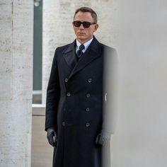 Daniel Craig James Bond, Stephanie Sigman, Spectre 2015, Mens Fashion,  Auction, 1bee018fdd36