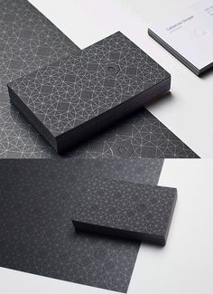 This business card uses a complex and intricate design pattern to give the card a strong presence.