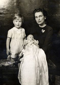 HRH The Duchess of Gloucester with her sons, Prince William (left) and Prince Richard, later Duke of Gloucester