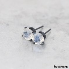 Rainbow Moonstone v2 Oxidized 925 Sterling Silver Ear by Studemann
