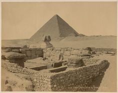 Temple Chafre Sphinx & Pyramide Cheops. From New York Public Library Digital Collections.