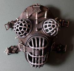 Crixus: gladiator mask