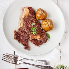 Standing Rib Roast With Horseradish Sauce, How To Recipe - Whole Lifestyle Nutrition Real Food Recipes, Chicken Recipes, Rib Sauce, Standing Rib Roast, Horseradish Sauce, Special Recipes, Holiday Recipes, Nom Nom, Steak