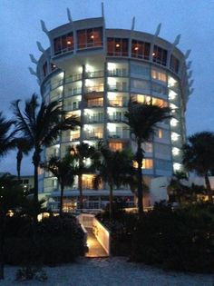Spinners Rooftop Revolving Bistro Lounge St Pete Beach Restaurant Reviews Phone Number Photos Tripadvisor