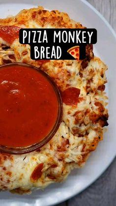 Fun Baking Recipes, Cooking Recipes, New Recipes, Pizza Recipes, Simple Food Recipes, Italian Recipes, Pizza Snacks, Party Recipes, Amazing Recipes