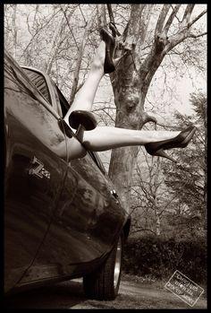 Pin-Up - Model: Happy Cherry  Artwork: Eric LaGuarda, Studio LaGuarda France - www.laguarda.book.fr  Car: Chevrolet Camaro Z28 type 1971, courtesy by Patrice