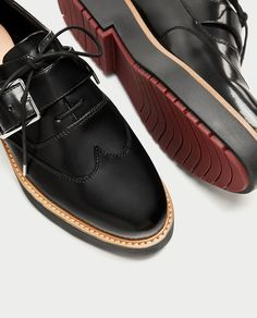 Tendance Chaussures 2017/ 2018 :    Description   FLATFORM DERBY SHOES WITH REVERSIBLE FRINGE-Flat Shoes-SHOES-WOMAN | ZARA United States    - #Chausseurs https://madame.tn/fashion/chausseurs/tendance-chaussures-2017-2018-flatform-derby-shoes-with-reversible-fringe-flat-shoes-shoes-woman-zara-united/