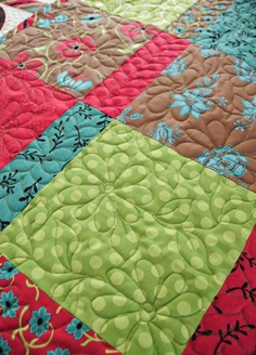 close up of quilting, Soulful Blossoms quilt by Heather Mulder Peterson Machine Quilting Patterns, Longarm Quilting, Free Motion Quilting, Quilting Tips, Quilting Tutorials, Hand Quilting, Quilting Projects, Quilt Patterns, Sewing Projects
