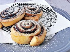 Turbógyors csiga a konyhából - Mom With Five Chocolate Roll, Vanilla Sugar, Dry Yeast, Melted Butter, Free Time, Tray Bakes, Sour Cream, Rolls, Vegetarian
