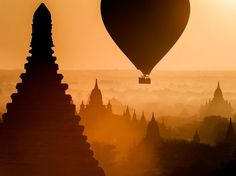 Nascer do sol no Reino de Bagan, Myanmar
