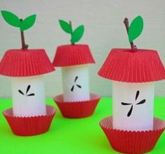 toilet-paper-roll-apple-craft