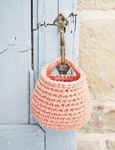 Crochet Basket ❥ 4U hilariafina  http://www.pinterest.com/hilariafina/