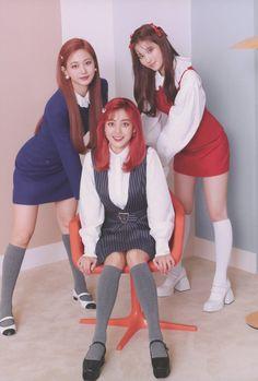 Kpop Girl Groups, Korean Girl Groups, Kpop Girls, My Girl, Cool Girl, Cute Girls, Nayeon, Twice Photoshoot, Twice Group
