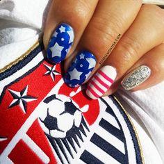 Go USA Go GO! nail art by Bundle Monster