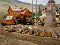 McCabe log dump - N and Z Scale - Model Railroad Forums - Freerails Lumber Mill, Ho Model Trains, Toy Trains, Wargaming Terrain, N Scale, Model Train Layouts, Carpentry, Scale Models, Diorama
