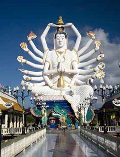 Avalokitesvara at Wat Plai Laem, Samui Thailand