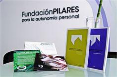 Imagen de algunas de las publicaciones y materiales elaborados por la Fundación Pilares. Coffee, Drinks, Books, Kaffee, Drinking, Beverages, Libros, Book, Cup Of Coffee