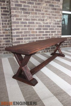 DIY X-Brace Bench | Free & Easy Plans  | rogueengineer.com #XBraceBench  #DiningroomDIYplans