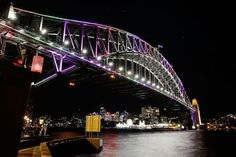 PHOTOS: Sydney lights up for Vivid opening night | Business Insider
