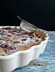 Te&én a konyhában: mákos clafoutis, a megunhatatlan desszert - Mom With Five Stevia, Dessert Recipes, Pudding, Mom, Custard Pudding, Puddings, Desert Recipes, Mothers, Pastries Recipes