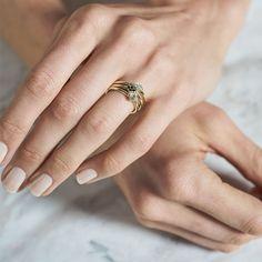 Dear Rae | Fancy Pants Diamond Ring Collection  #DearRae #DearRaeJewellery #DiamondRings #ColourDiamonds