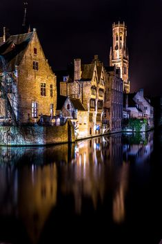 Belgium, Brugge Reflections by Virtualray Beautiful Sites, Beautiful Places, Cities, Unique Architecture, Beautiful Buildings, Places To See, Travel Inspiration, Castle, Around The Worlds