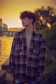 Lee Junho, wistful