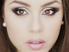 Maquillaje Blanco y negro con escarcha + Ondas ♡ - YouTube