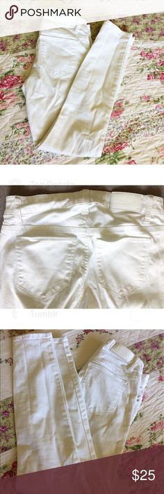 White Skinny Jeans Absolute perfect ankle skinny jean size 25. Else Jeans Skinny