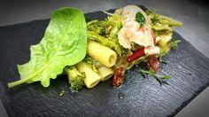Rigatoni Rummo con broccoli di rapa, cannocchie di Acciaroli e pomodorini ciliegini  essiccati