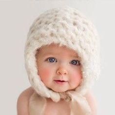 Heidi Hope Photography. Rhode Island and Massachusetts newborn portrait photographer and studio specializing in newborn, baby, family, children, senior, boudoir and engagement portrait photography.