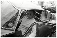 Richard Burton emerges from a Jaguar E-Type in the UK in 1974 Where Eagles Dare, Tata Motors, Jaguar E Type, British Sports Cars, Glamour Photo, Monochrome Photography, Mans World, Black And White Pictures, Cars