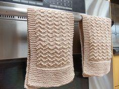 Ravelry: Scalloped Kitchen Towel pattern by Lauren Klipp free pattern