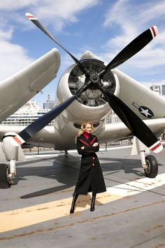 Up In The Air: The Fashion Shoot Candice Swanepoel Fall Fashion Shoot - Terry Richardson Photographs Candice Swanepoel for Harper's BAZAAR<br> Candice Swanepoel takes flight in fall fashion at New York's Intrepid Sea, Air & Space Museum. Candice Swanepoel, Terry Richardson, Harpers Bazaar, Fashion Shoot, Editorial Fashion, Fall Fashion, Street Fashion, Munich Models, Aviation Decor