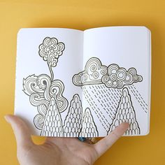 zentangle in art journal mtns clouds Tangle Doodle, Tangle Art, Doodles Zentangles, Zen Doodle, Doodle Art, Doodle Inspiration, Art Journal Inspiration, Doodle Patterns, Zentangle Patterns