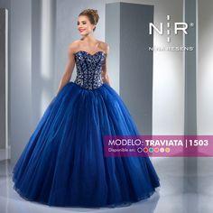 78023c836 Vestidos XV · Pequeñas les presentamos el modelo Traviata de la colección  Stylish. Es un vestido con corset