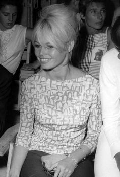 Brigitte Bardot: 7 Things You Didn't Know Brigitte Bardot, Bridget Bardot, Bardot Hair, French Actress, 1960s Fashion, Classic Beauty, Fashion Pictures, Classic Hollywood, Supermodels