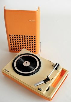 1970's ORANGE PHILIPS PORTABLE RECORD PLAYER