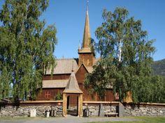 Stavkirke, Lom, Oppland