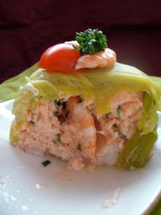 tresse verte ( poireaux) et rouleaux roses (aux 2 saumons ) recette superbe :)