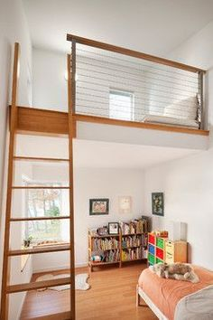 Small Bedroom With Loft Bed Design Ideas, Pictures, Remodel and Decor Loft Room, Bedroom Loft, Kids Bedroom, Bedroom Ideas, Loft Beds, Bed Ideas, Budget Bedroom, Bedroom Small, Bunk Beds