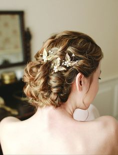 Bridal hair pin, Wedding hiar pins, Pearl and crystal hairpins, wedding headpice - style 117