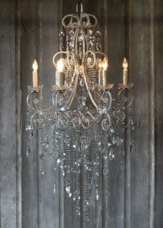 .gorgeous chandelier!