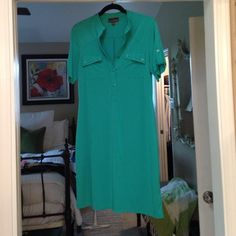 Green poly shirt dress Versatile green shirt sleeve dress easy wear and wash. Great for casual office. Fern wright Manson Dresses Midi