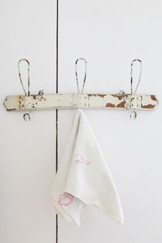 ♕ would love to add a vintage French coat rack in the bathroom for towels